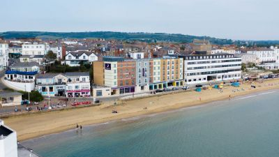 Premier Inn gets set for summer with 545 new seaside rooms set to open this spring / summer
